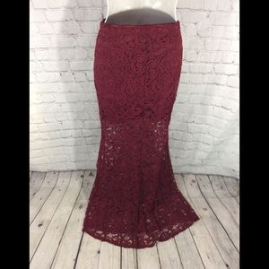 BURGUNDY ALL LACE MERMAID TALE MAXI SKIRT M